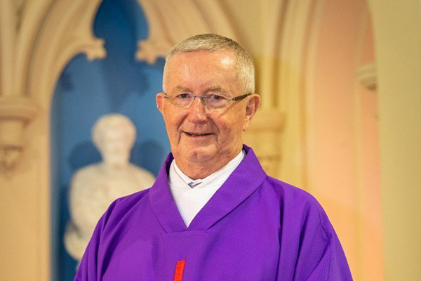 Sydney-Catholic-Schools-chaplain-Father-Gary-Perritt