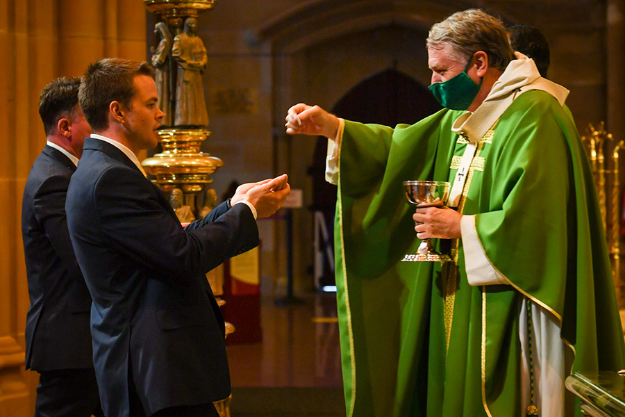 Commissioning Mass for Sydney Catholic Schools first-year teachers at St Mary's Cathedral