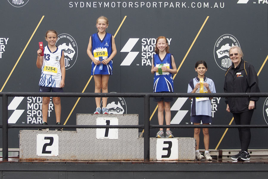 2021 Cross Country Podium Girls 10 Group A